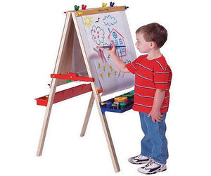 Какой купить детский мольберт для рисования?